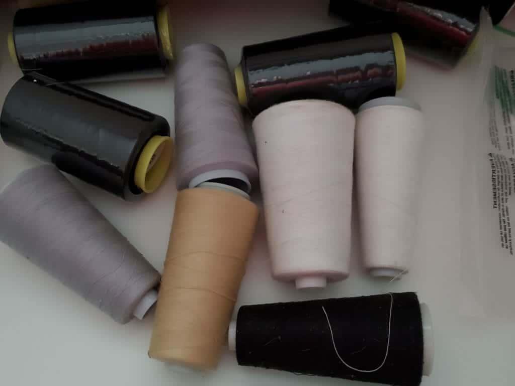 serger supplies: thread