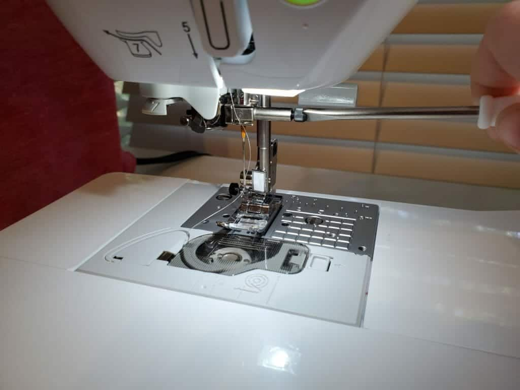 changing needle on brother sewing machine (2)