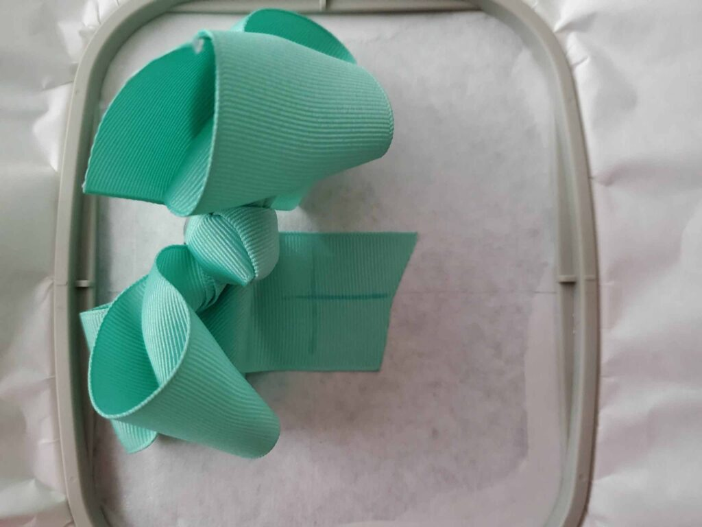 how to hoop a ribbon hair bow