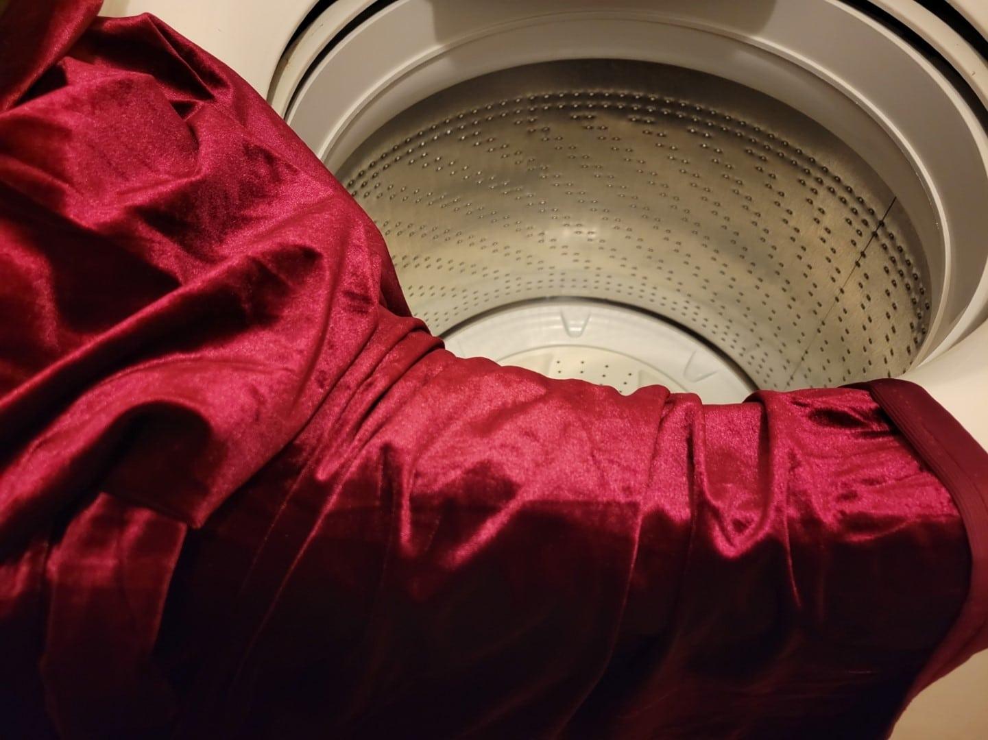 washing velvet