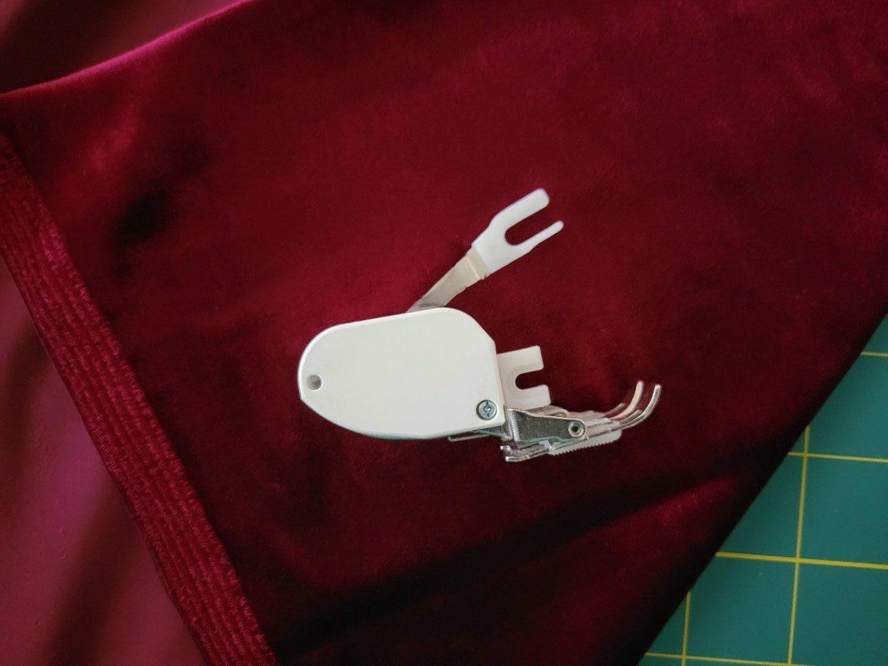 sewing velvet and velveteen