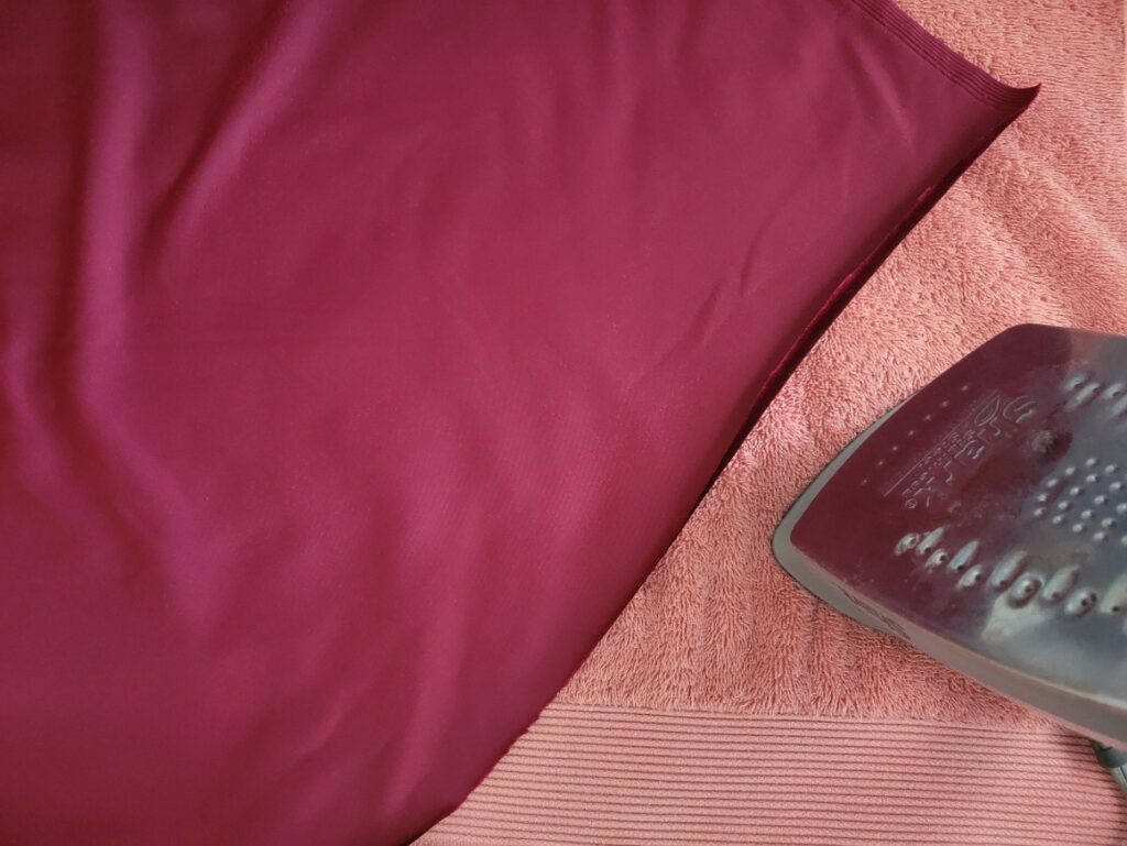 lay velvet right side down to iron